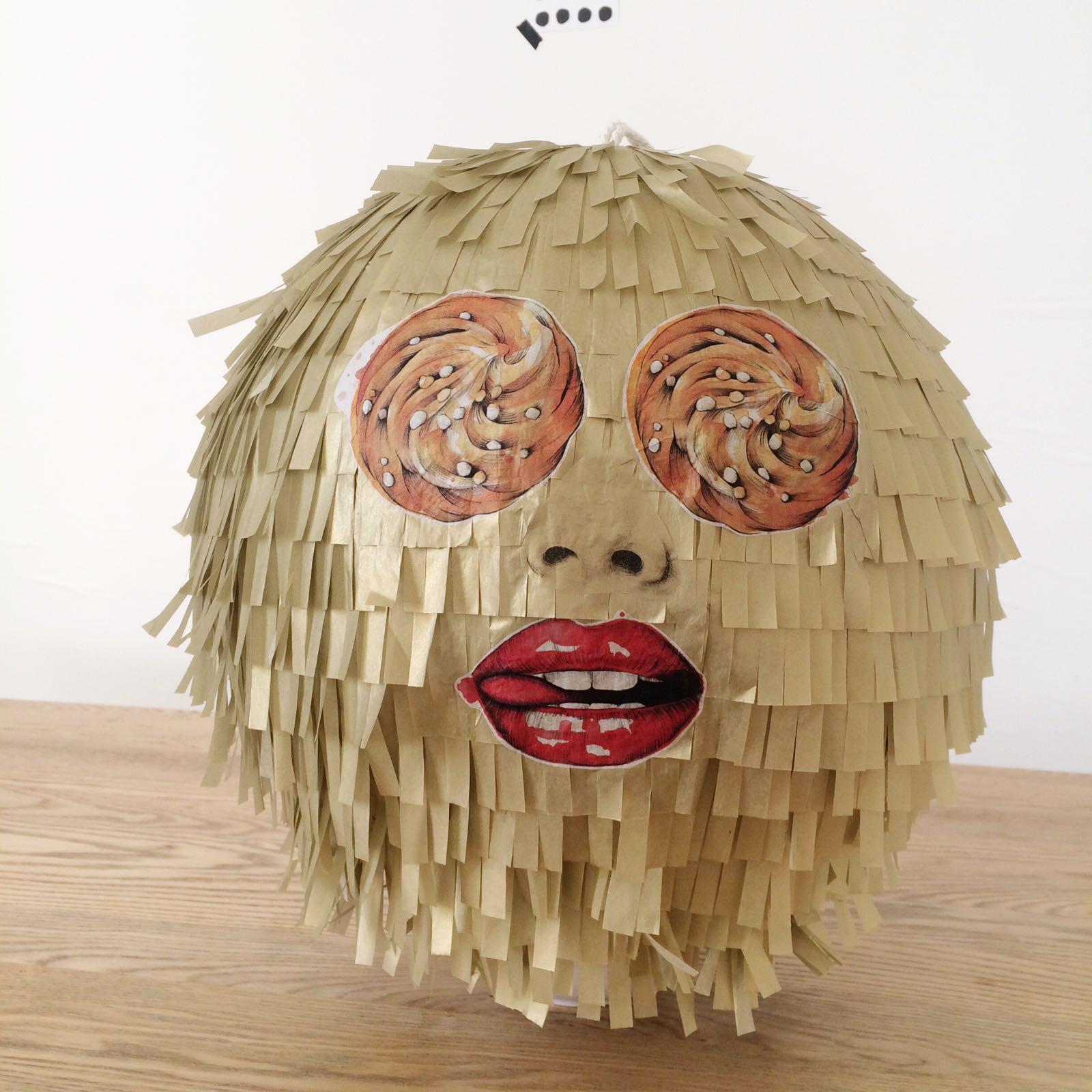 papel craft pinatas london